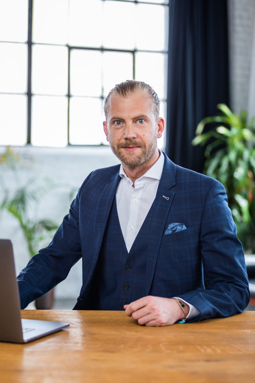 Portrait von Mathias Pelzer, Director IT / Technology bei Grynia Consulting 40